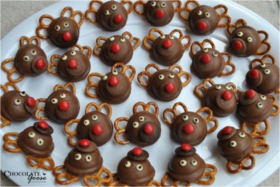 Santa's MallowPuff Reindeer
