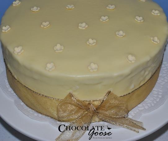 Gin and Lemon cake with White Chocolate Ganache