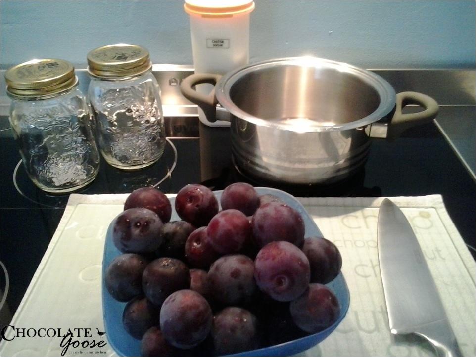 Plum Jam preparation